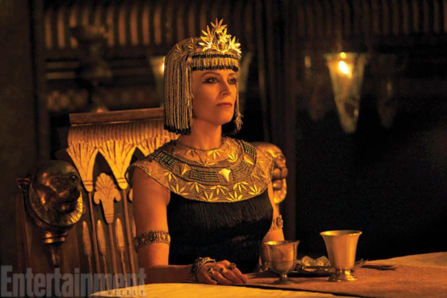 Sigourney Weaver in Exodus