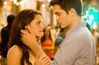 Happy Birthday, Bella! Advance 'Twilight' Tix on Sale Oct. 1!