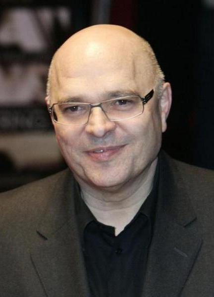 Anthony Minghella at the British premiere of