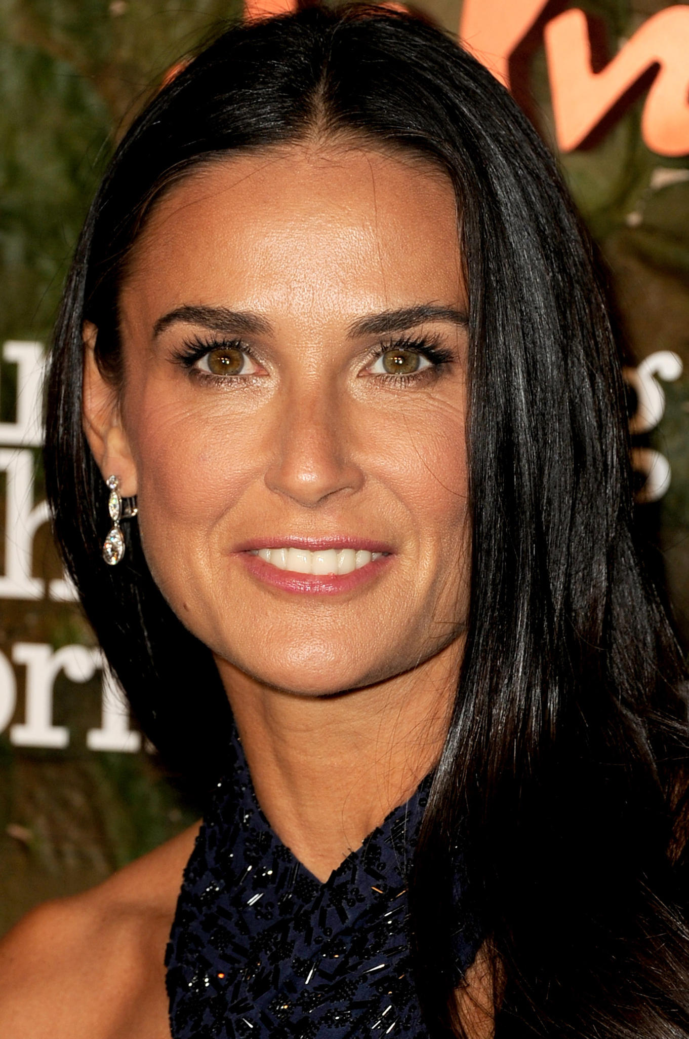 Demi Moore Pictures an...