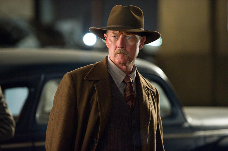 Robert Patrick as Max Kennard in