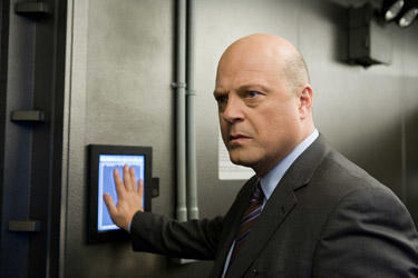 Michael Chiklis in