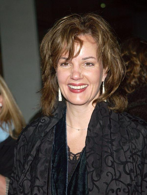 margaret colin independence day 2