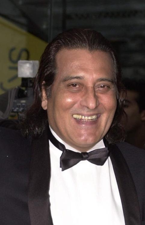 Vinod Khanna at the First International Indian Film Awards.