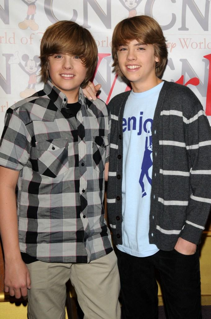Cole sprouse pictures and photos fandango dylan sprouse and cole sprouse at the world of disney store m4hsunfo