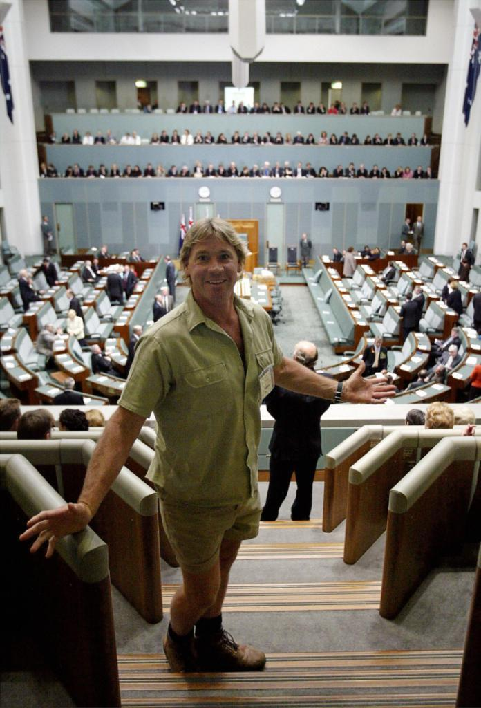 Steve Irwin at the Australian national parliament in Canberra.