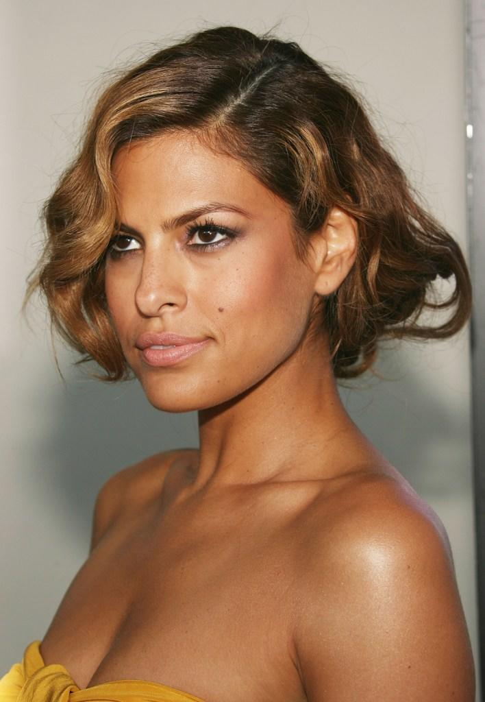 Eva Mendes Pictures an...