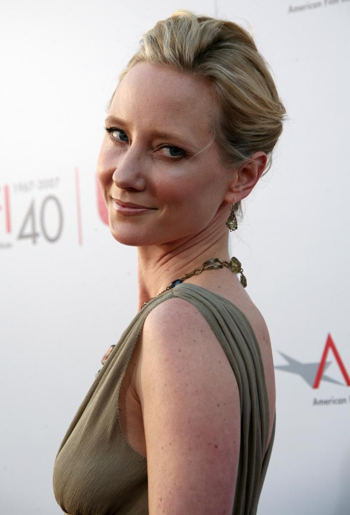 Anne Heche Nude Photos 88