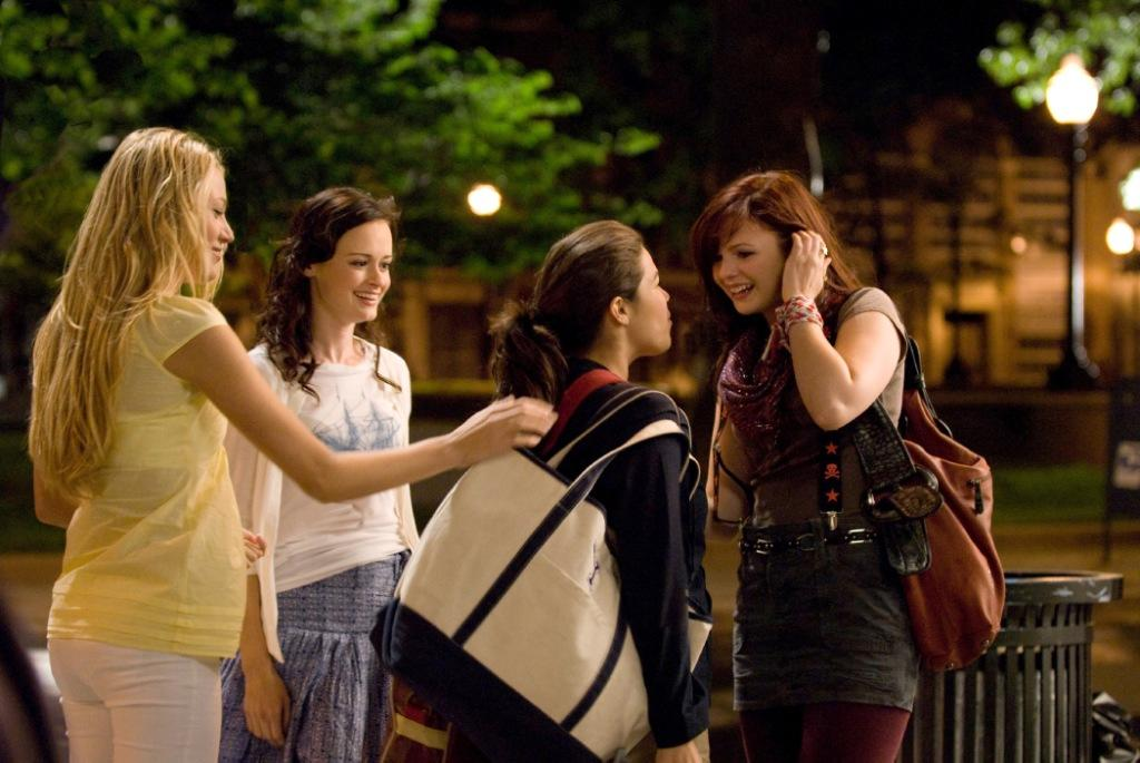 Blake Lively as Bridget, Alexis Bledel as Lena, America Ferrera as Carmen and Amber Tamblyn as Tibby in