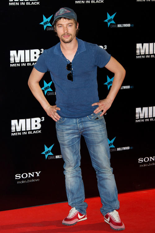 Jan Cornet at the Madrid premiere of