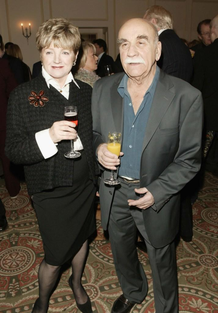 Julia McKenzie and Warren Mitchell at the Evening Standard Theatre Awards.