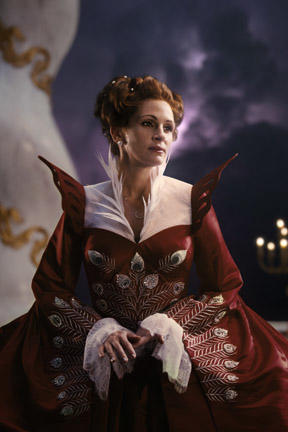 Julia Roberts as Evil Queen in