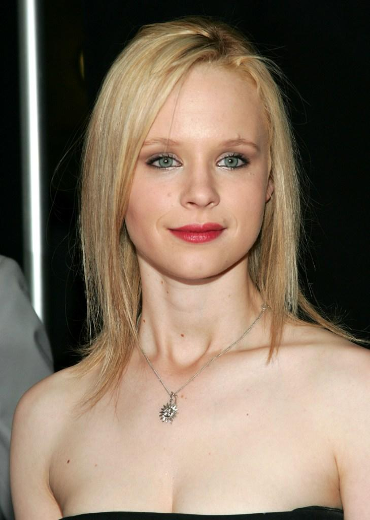 Thora Birch Nude Photos 55