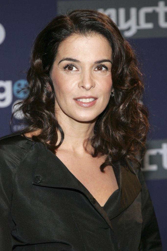 Annabella Sciorra naked (93 images) Cleavage, 2019, see through