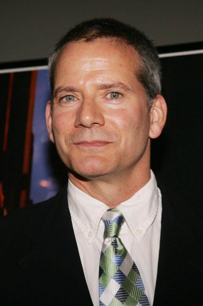 Campbell Scott Pictures and Photos | Fandango