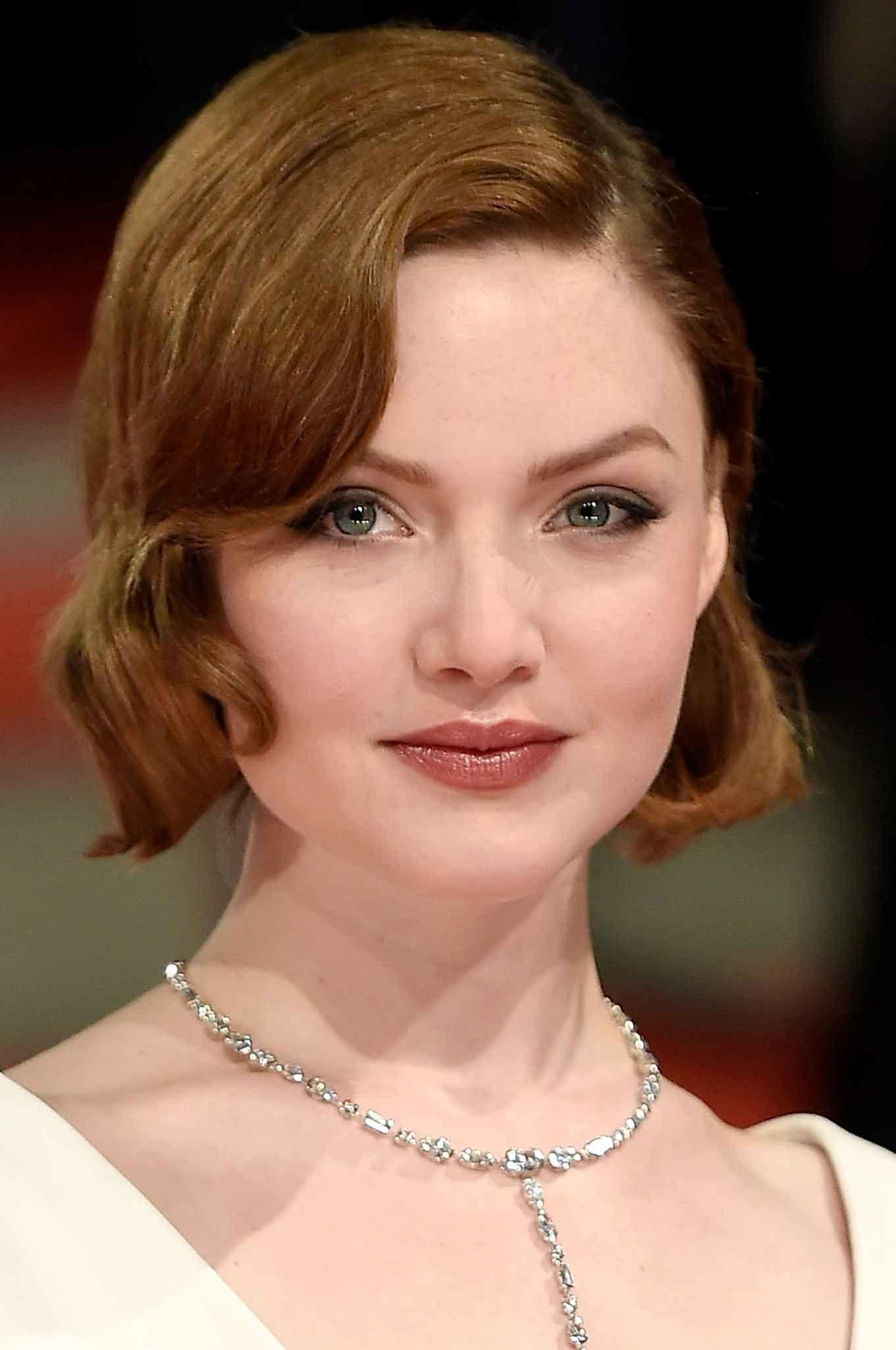 pictures Holliday Grainger