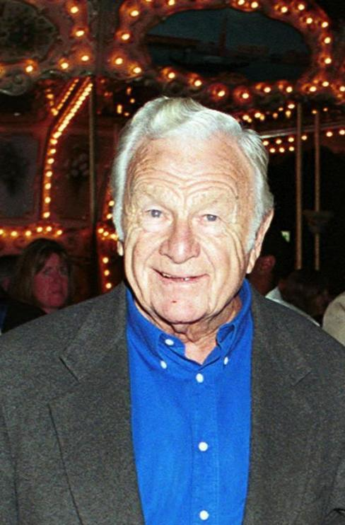 Eddie Albert at the Santa Monica Pier.
