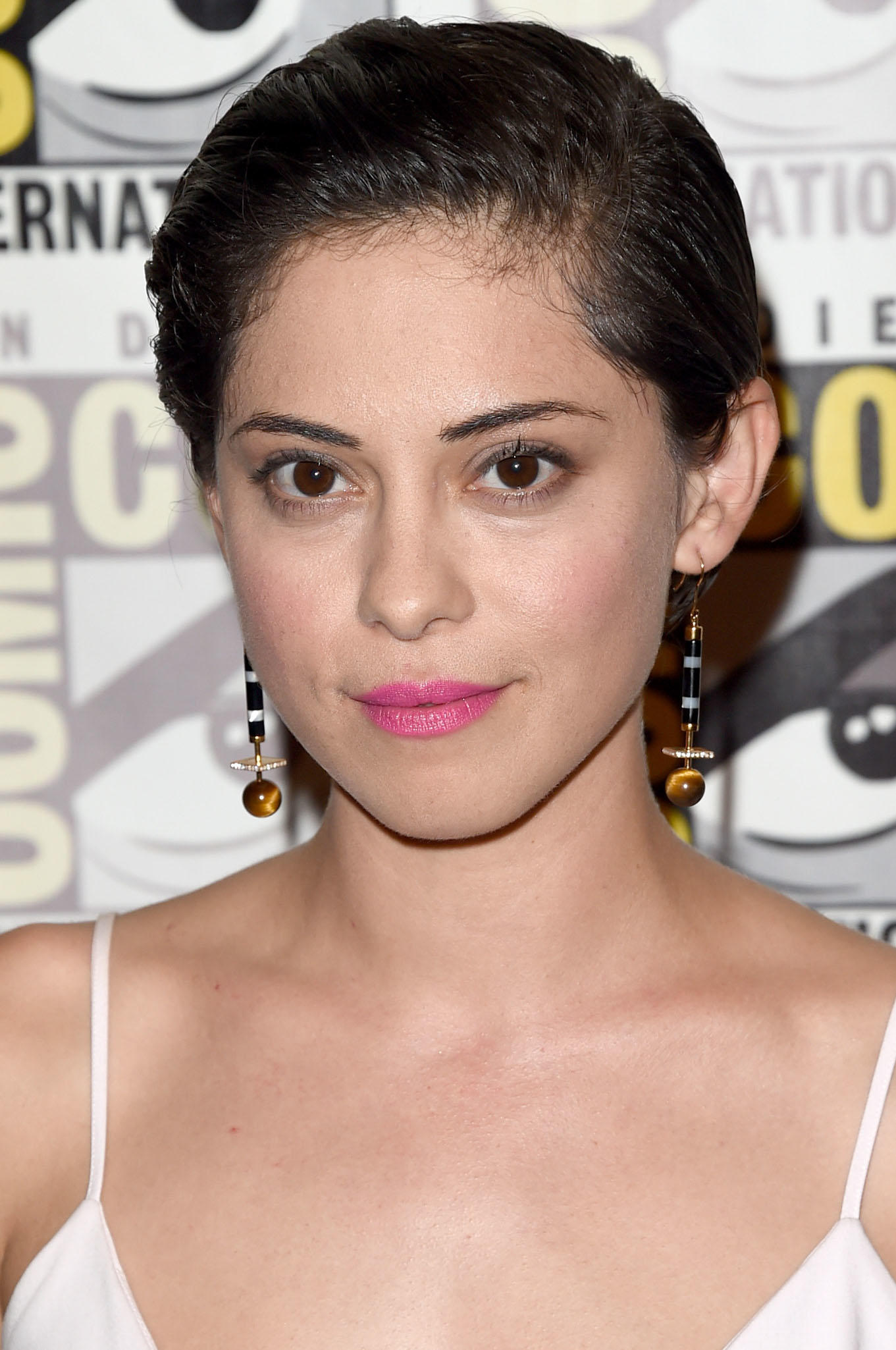 Forum on this topic: Jane Lumb, rosa-salazar/