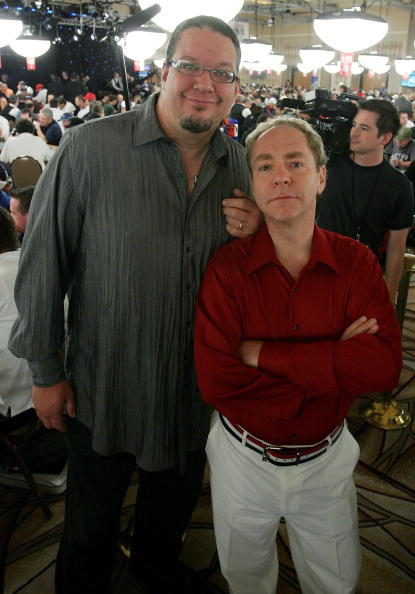Penn Jillette and Teller at the World Series of Poker no-limit Texas Hold 'em main event.
