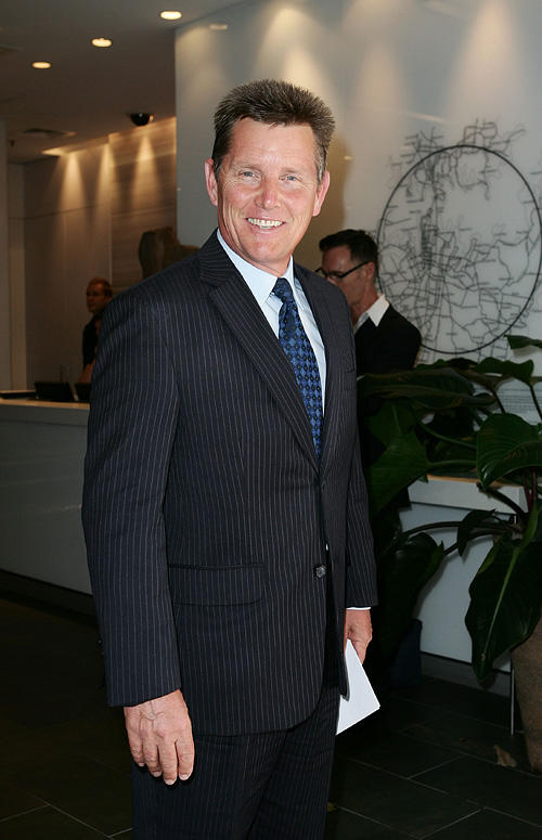 Tom Burlinson at the 2009 Sydney Theatre Awards in Australia.