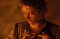 Elijah Wood as Frodo Baggins in Lord of the Rings: The Return of the King