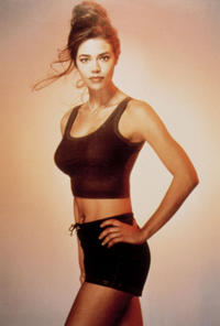 18. Denise Richards