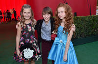 Hadley Belle Miller, Noah Schnapp and Francesca Capaldi