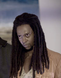 Laurent (Edi Gathegi)