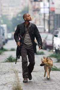 Best Sci-Fi Remake #5 - I Am Legend (2007)