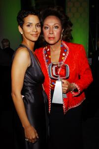 Diahann Carroll and Halle Berry at the TV Land Awards 2003.