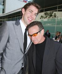 Robin Williams and John Krasinski at the premiere of
