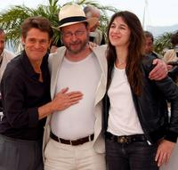 Willem Dafoe, Lars von Trier and Charlotte Gainsbourg at the photocall of