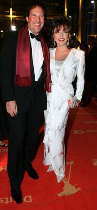 Joan Collins and her husband Percy Gibson at the Goldene Kamera Awards.