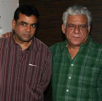 Paresh Rawal and Ompuri at the party in honour of the crew of Kanchivaram in Mumbai.