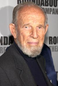Hume Cronyn at the Roundabout Theater Company's 2002 Spring Gala.