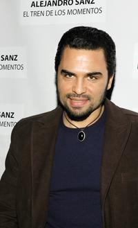 Manny Perez at the People En Espanol celebration for Alejandro Sanz and the stars of