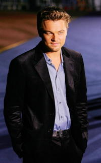 Leonardo DiCaprio at the Giorgio Armani Spring-Summer 2007 collection at London Fashion Week.