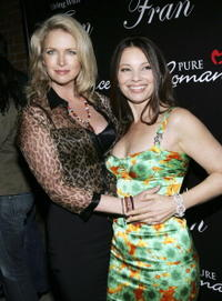 Donna Dixon and Fran Drescher at the premiere of her new TV series