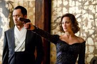 Ken Watanabe as Saito and Marion Cotillard as Mal in
