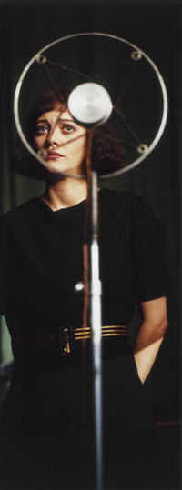 Edith Piaf (Marion Cotillard) in