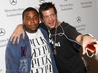 Kenan Thompson and Guest at the Fashion Week Spring 2010 presented by Mercedes-Benz.