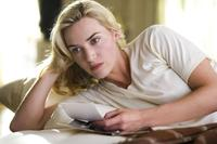 Kate Winslet as April Wheeler in