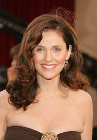 Amy Brenneman at the 77th Annual Academy Awards.