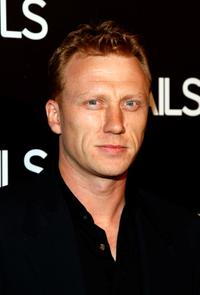 Kevin McKidd at a cocktail party of Details magazine's