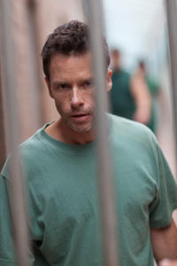 Guy Pearce as Dean Randall in