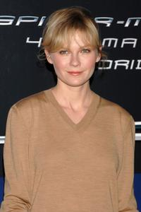 Kirsten Dunst at the photocall for ''Spider-Man 3'' at the Hotel Santo Mauro in Madrid, Spain.
