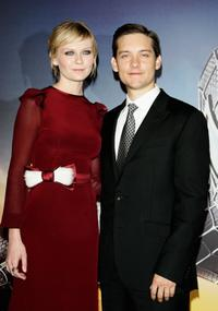 Kirsten Dunst and Tobey Maguire at the ''Spider-Man 3'' premiere in Paris.