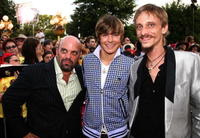 Lee Arenberg, Zac Efron and Mackenzie Crook at the world premiere of