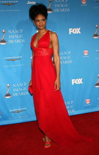 Kimberly Elise at the 37th Annual NAACP Image Awards in L.A.