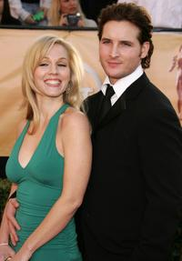 Jennie Garth and Peter Facinelli at the 11th Annual Screen Actors Guild Awards.